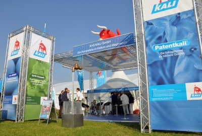 PotatoEurope 2014: African Delegation visits K+S KALI GmbH stand